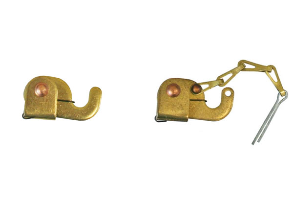 Self Locking Hooks